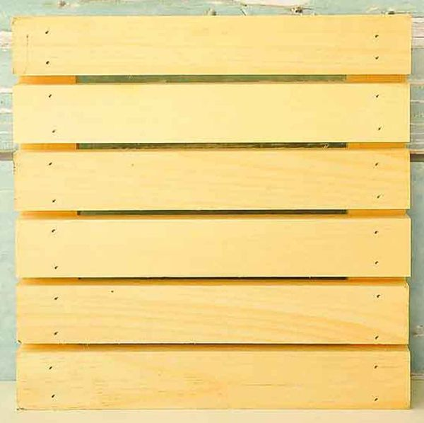 5WAL-40170-Wood-Rustic-Pallet-11-x-11-600x600